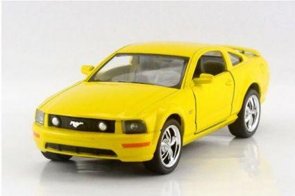 Модель 1:38 Ford Mustang GT в кор. Kinsm КТ5091W